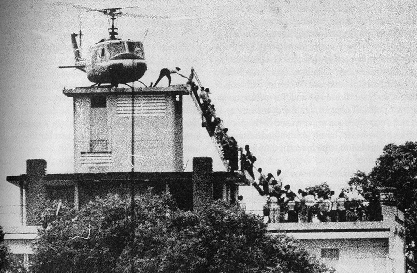 Hubert Van Es / United Press International, the roof of 22 Gia Long Street, Saigon, April 29 1975